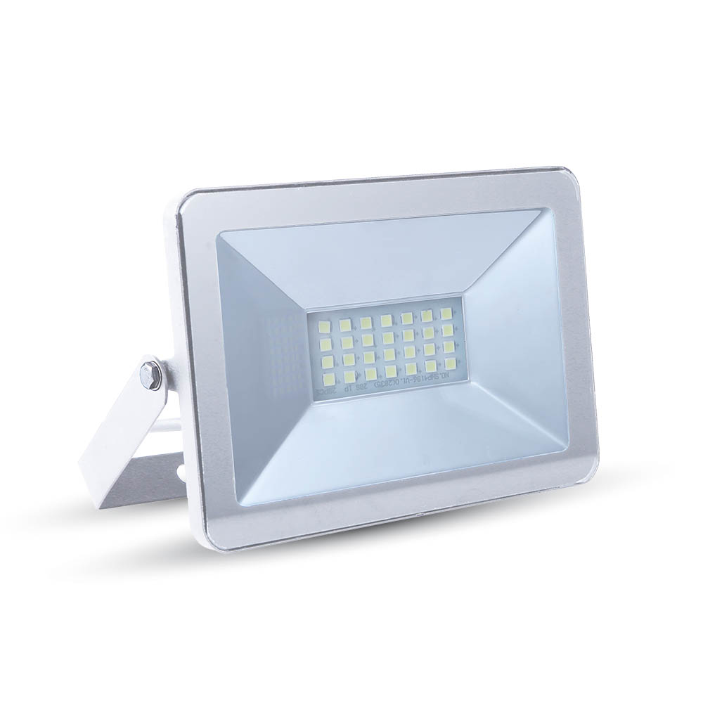 Ultratenký LED reflektor bílý 10W 850lm denní