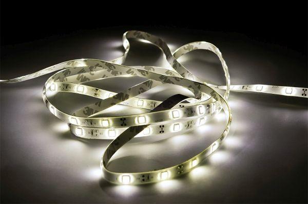 LED p�sek 120x3528 smd 9,6W/m, studen�, vod�odoln�, d�lka 5m